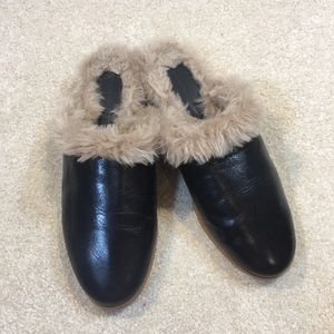 Zara Leather and Fur Flat Clogs Mules EUC